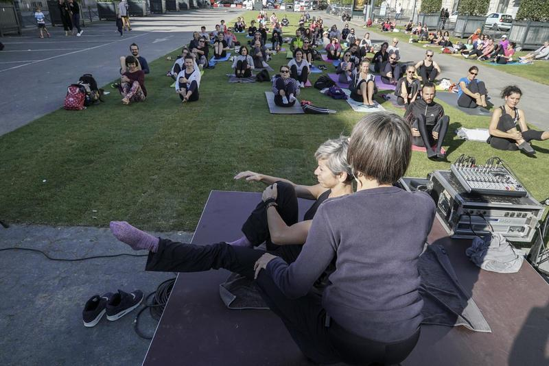 Cours de Pilates sur le parking Vilaine, lors du week-end en mode zen